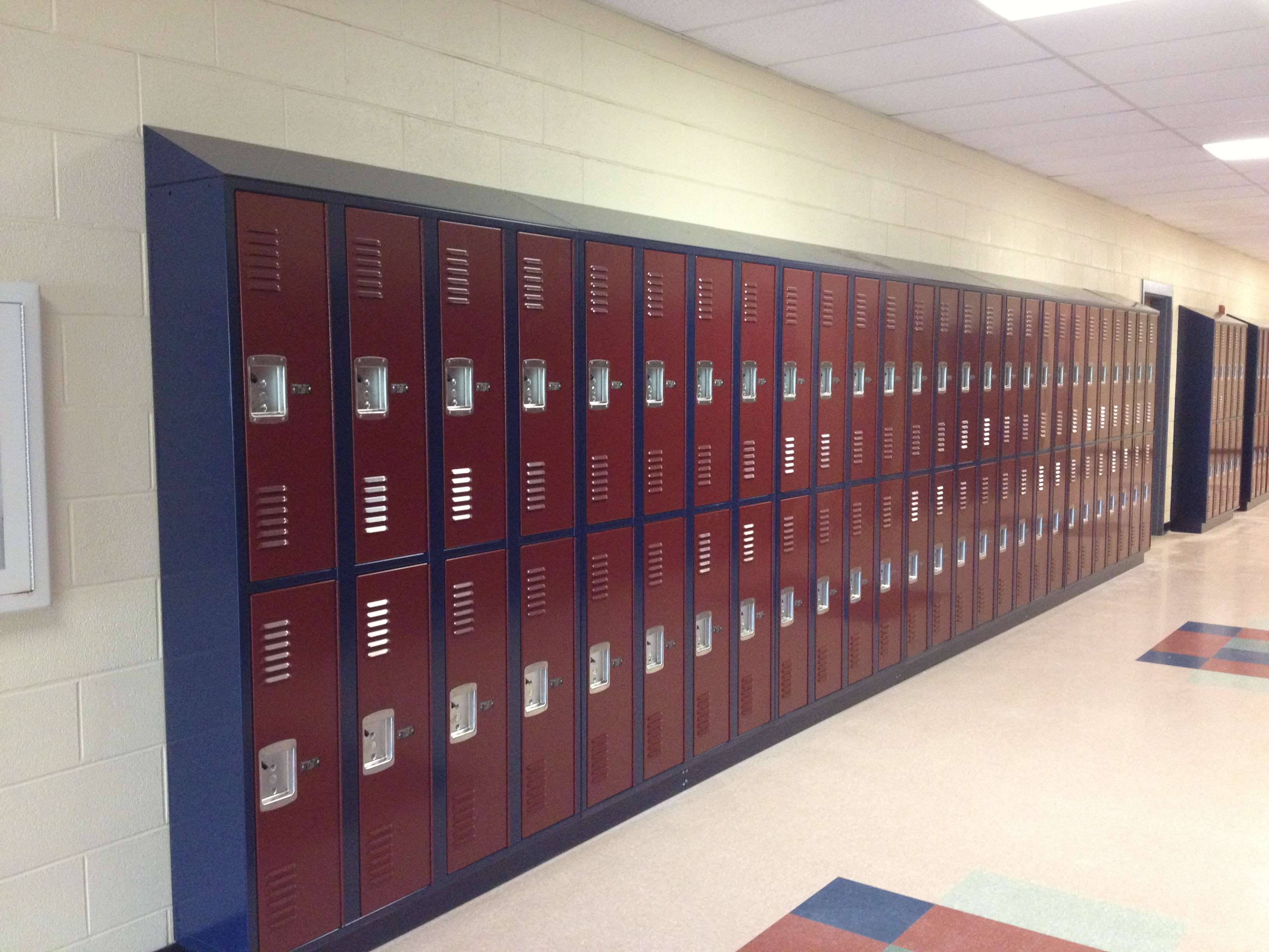 school lockers and solutions by school furnishings
